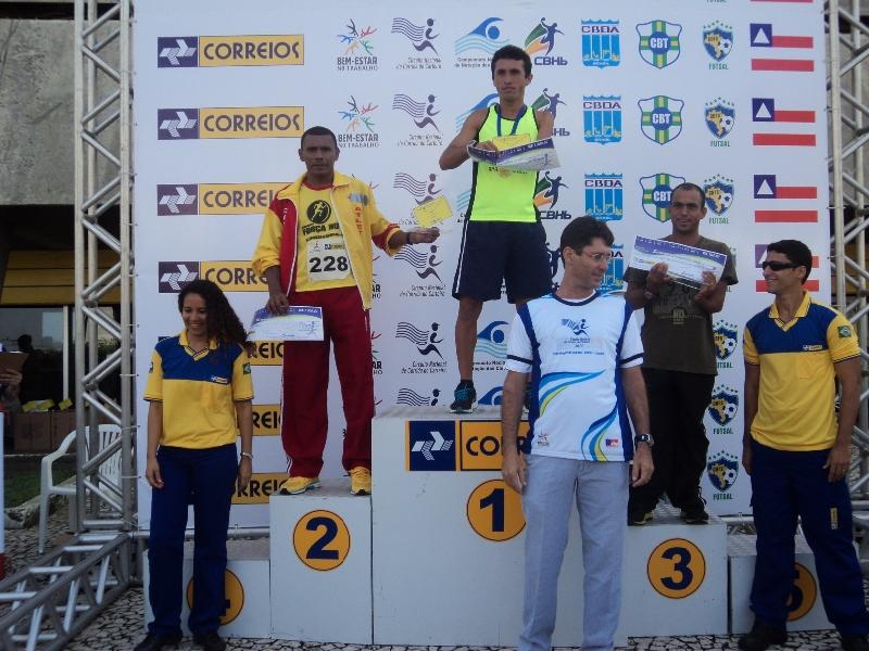 podio carlao maratonista