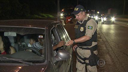 Taxa de motoristas multados por bebida cai em um ano