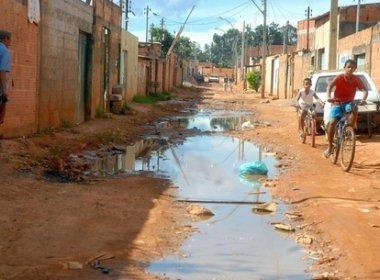 rua sem saneamento