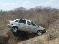 acidente estrada condeuba piripa 20-10-14 (1)