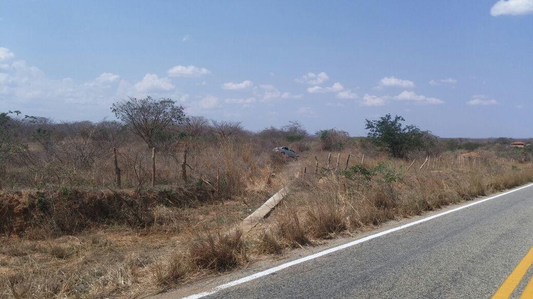 acidente estrada condeuba piripa 20-10-14 (3)