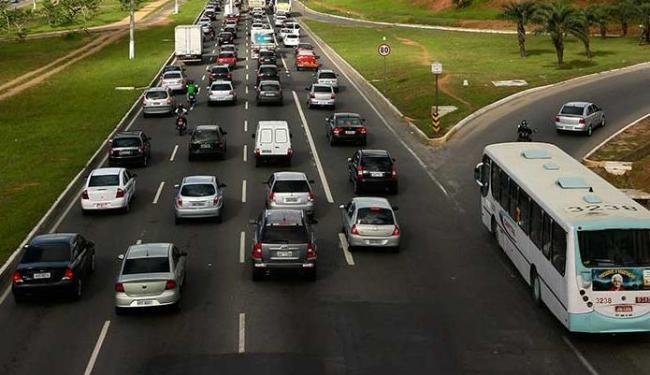 veiculos-transito-carros