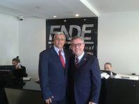 Prefeito Guto Ribeiro e o Deputado Federal Waldenor Pereira no FNDE. Foto: Portal da Transparência | Governo de Condeúba