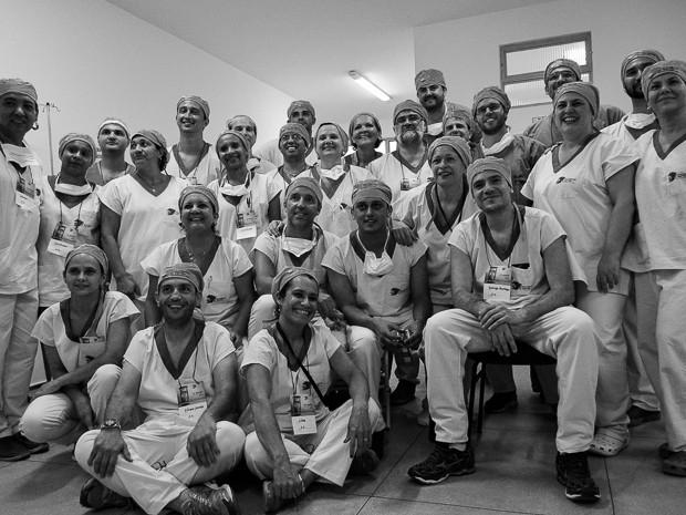 """Equipe do centro cirúrgico do projeto """"Voluntários do Sertão"""" foi composta por 32 profissionais de diferentes áreas (Foto: Adriano Oliveira/G1)"""