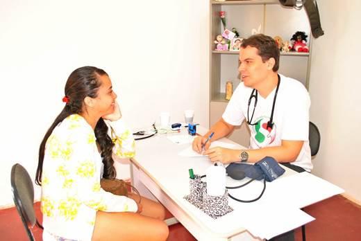 Atendimento médico, odontológico e psicológico, realização de exames e pequenas cirurgias garantiram um dia dedicado à saúde