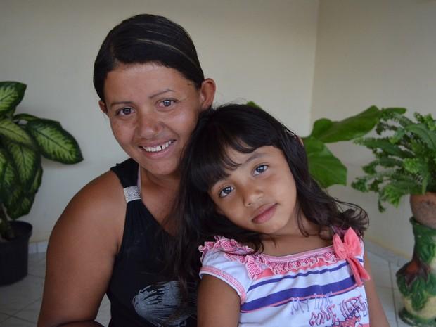 janete_e_a_filha_de_5_anos_que_foi_atendida_pelo_pediatra