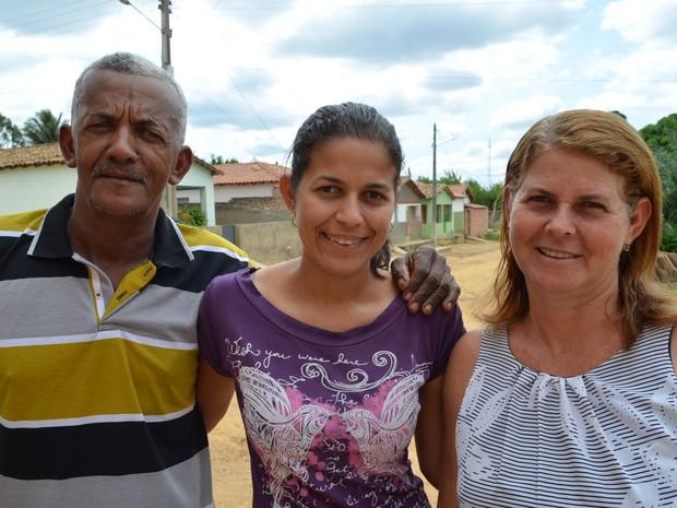 Entre o casal, a filha Silvane foi a maior incentivadora para que a união estável fosse oficializada (Foto: Adriano Oliveira/G1)