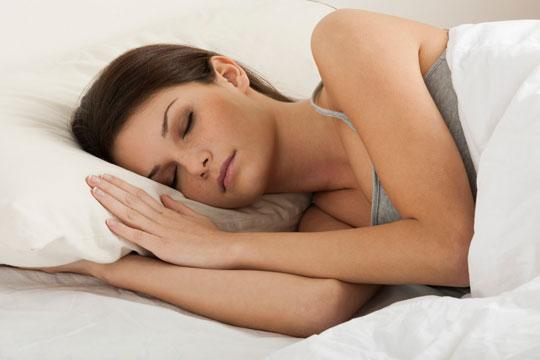 mulher-dormir