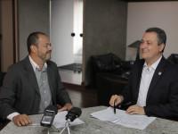 Governador Rui Costa, participa da gravação do programa semanal Digaí Governador, com a participação de Edmundo Filho, Secom.  Fotos Mateus Pereira/GOVBA