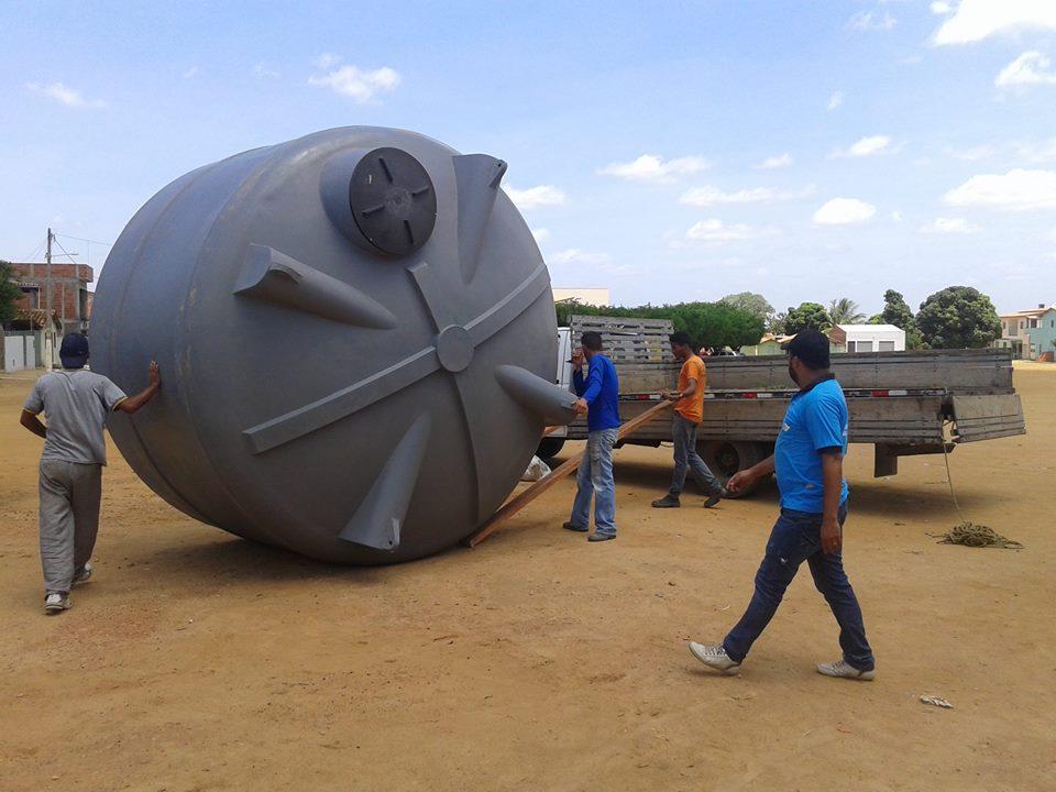 entrega-cisterna-condeuba (1)