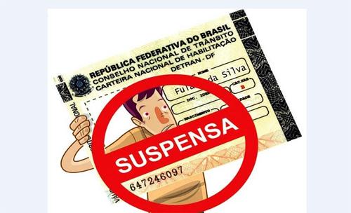 suspensa
