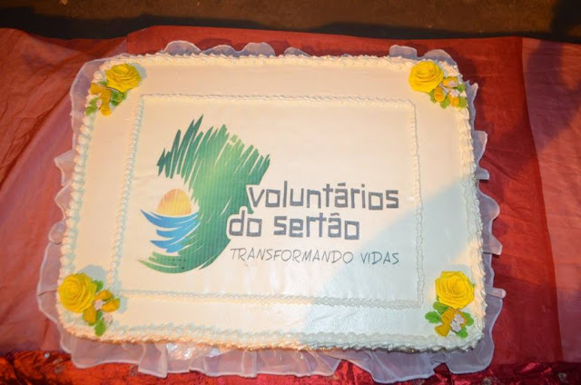 bolo-casamento-coletivo-voluntarios-sertao