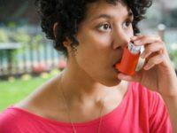 pessoa com asma