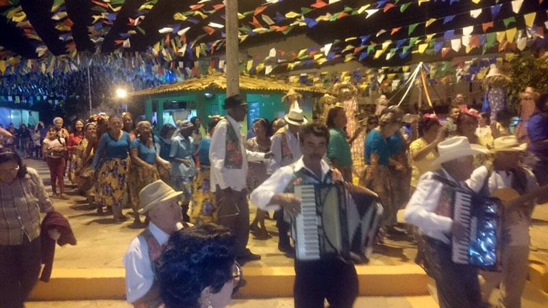 primeira noite de festas do sao joao de condeuba (5)