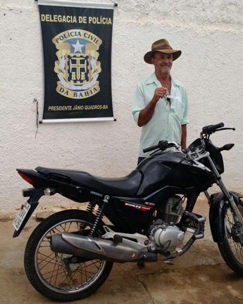 moto-recuperada-policia-civil-janio-quadros