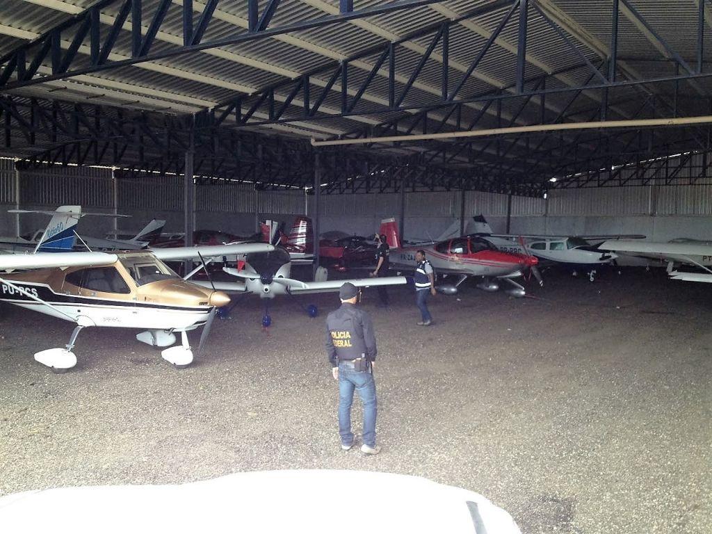 Vinte e uma aeronaves foram apreendidas pela Polícia Federal no âmbito da Operação Overbooking deflegrada na manhã desta segunda-feira em Vitória da Conquista - Foto: Divulgação - Ascom - DPF/VC