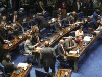 O Senado aprovou, em segundo turno, o texto-base da Proposta de Emenda à Constituição do Teto de GastosAntonio Cruz/ Agência Brasil