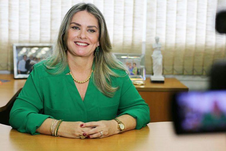 Resultado de imagem para Ivana Bastos DEPUTADA